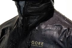 one-gore-tex-active-run-jacket-3